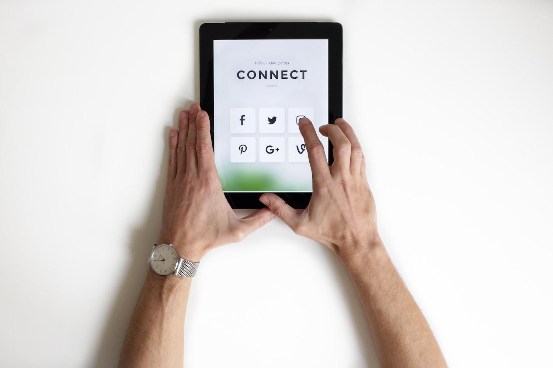 Exploitation des canaux facebook et instagram pour la vente en ligne de produits